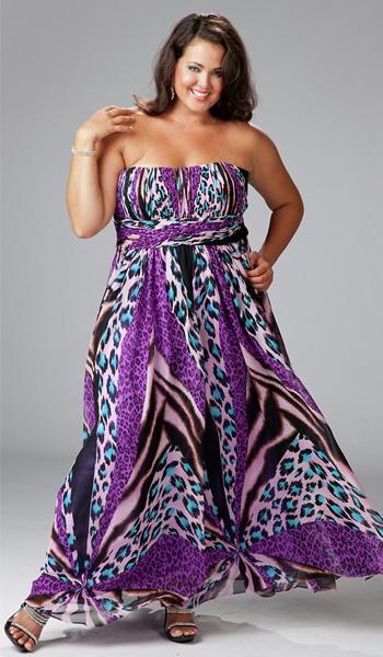 e8cb62a8024ea Пляжные платья для полных женщин делают дам визуально изящней, стройнее,  подчеркивая женственность форм и скрывая возможные недостатки фигуры.